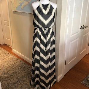 Vince Camuto, maxi dress, chevron print, sz 6
